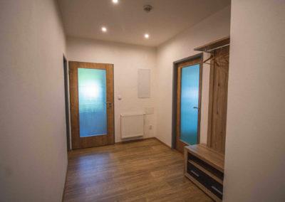 Apartmán v patře - vstupní chodba
